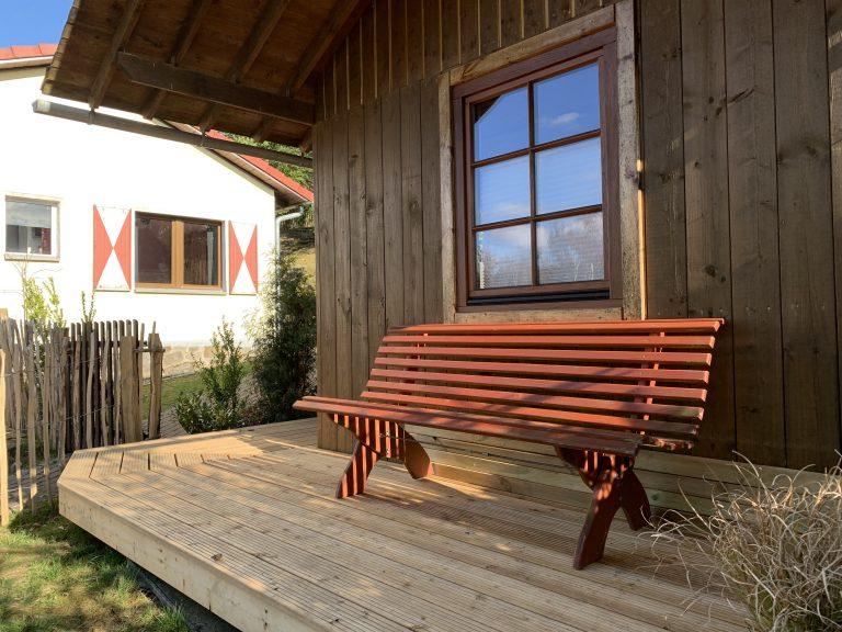 Ruhebank vor Sauna